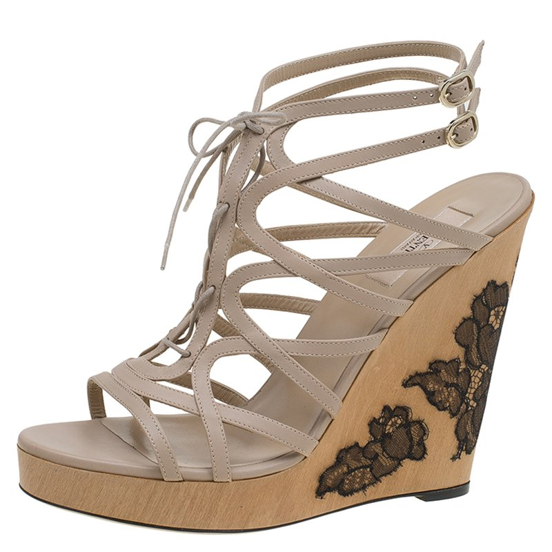 Beige Lace Leather Jc13TlFK Valentino Up Wedge Buy Embellished Sandals cRjq35AL4