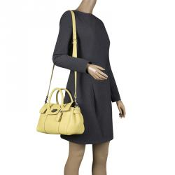 5dc48182c1 ... ireland mulberry yellow grain leather small bayswater satchel f61d4  8c2f2