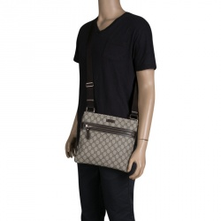 6ce5baee7d Buy Pre-Loved Authentic Gucci Messengers for Men Online   TLC