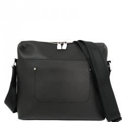 Buy Pre-Loved Authentic Louis Vuitton Messengers for Men Online  d6c1c7e07fcbb