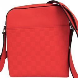 812f86f488d7 Buy Pre-Loved Authentic Louis Vuitton Messengers for Men Online