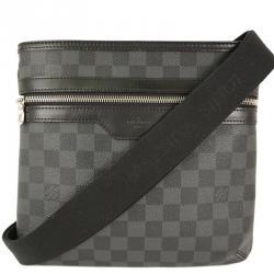 9c65cd143ac5 Buy Pre-Loved Authentic Louis Vuitton Messengers for Men Online