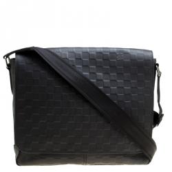 1ca7d8f228e4 Buy Pre-Loved Authentic Louis Vuitton Messengers for Men Online