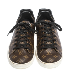 Louis Vuitton Monogram Canvas And Leather Trim Low Top Sneakers Size 43