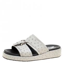 ca15233003e2 Salvatore Ferragamo Grey Ostrich Leather Lutfi Platform Slides Size 41