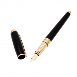 S.T. Dupont D Line Black Lacquer Gold Plated Fountain Pen