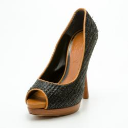 200d79ea2dd6ac Alexander McQueen Black Raffia Peep Toe Pumps Size 38