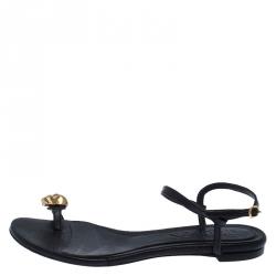 Alexander McQueen Black Leather Skull Toe Ring Sandals Size 37
