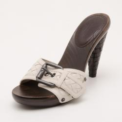 b605f48fa45 Bottega Veneta Beige Intrecciato Clog Sandals Size 38
