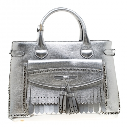 039b958095e4 Buy Pre-Loved Authentic Burberry Totes for Women Online