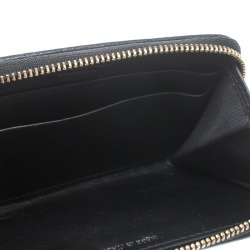 3773ad14ac0 Buy Pre-Loved Authentic Burberry Wallets for Women Online | TLC