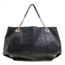 052ffc5ec71 Carolina Herrera - Accessories, Clothes, Handbags, Shoes Carolina ...