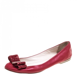 002b2798540adc Buy Authentic Pre-Loved Carolina Herrera Shoes for Women Online