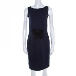8009cded7 فستان سي إتش كارولينا هيريرا جيرسيه أزرق كحلي بفيونكة مزينة بلا أكمام XS