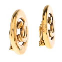 Chanel Vintage CC Gold Tone Clip On Earrings