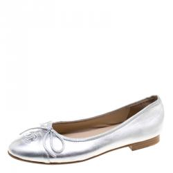 49891ef764c8a Chanel Metallic Silver Leather CC Cap Toe Bow Ballet Flats Size 38