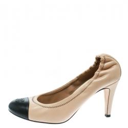 fa0746d5d5e7 Chanel Beige Black Leather CC Cap Toe Scrunch Pumps Size 37.5