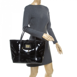 37bdcc52db Buy Authentic Pre-Loved Dolce and Gabbana Handbags for Women Online ...