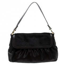 5fceeacb14a9 Buy Pre-Loved Authentic Fendi Shoulder Bags for Women Online