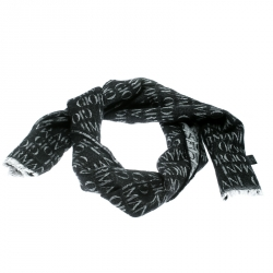 f5e43b53bed Buy Pre-Loved Authentic Scarves for Women Online | TLC