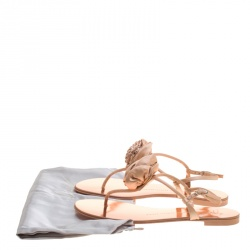 Giuseppe Zanotti Blush Pink Satin and Leather Crystal Embellished Flower Flat Thong Sandals Size 41