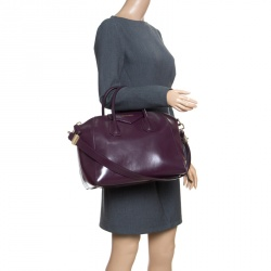 2f88096bffb Buy Pre-Loved Authentic Givenchy Satchels for Women Online   TLC
