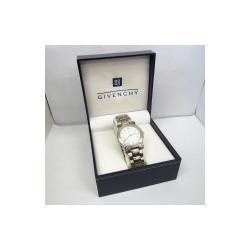 Givenchy White Stainless Steel IS.17.XVIII Analog Quartz Women's Wristwatch 33MM