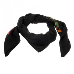 a3c3010bef5 Buy Pre-Loved Authentic Gucci Scarves for Women Online | TLC