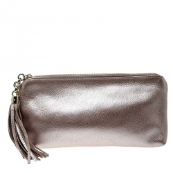 3cb9ce492be Gucci Metallic Blush Pink Leather Broadway Tassel Evening Clutch