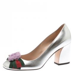 90085729c62 Gucci Metallic Silver Leather Web Bow Rose Detail Block Heel Pumps Size 37