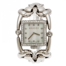 Gucci Mother of Pearl Stainless Steel Diamonds Signoria 116.3 Women's Wristwatch 25 mm