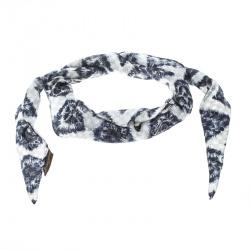 c8250ac3b41 Buy Pre-Loved Authentic Louis Vuitton Scarves for Women Online | TLC