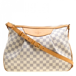 Buy Pre-Loved Authentic Louis Vuitton Hobos for Women Online  80a60620c1e6b