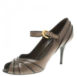 2c53c23d4a00 Buy Pre-Loved Authentic Louis Vuitton Pumps for Women Online