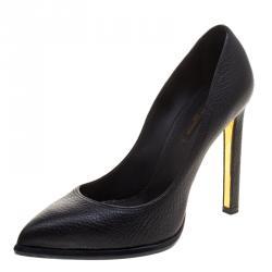 Louis Vuitton Black Pebbled Leather Pumps Size 37