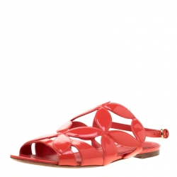 52240881bb75 Louis Vuitton Coral Pink Patent Leather Springtime Flat Sandals Size 39
