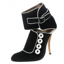 bf2f3e93a2d9 Manolo Blahnik Black White Suede and Fabric Rapacina Button Detail Booties  Size 35.5