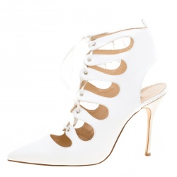 774fd33a596ef Manolo Blahnik White Leather Latta Cut Out Lace Up Pointed Toe Booties Size  39