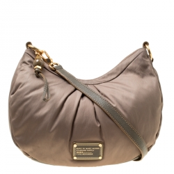 cdc4b1714ea Buy Pre-Loved Authentic Marc by Marc Jacobs Shoulder Bags for Women ...