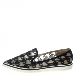 Nicholas Kirkwood Black Mesh and Fabric Alona Houndstooth Emroidered Pointed Toe Loafers Size 40