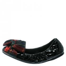 a048cbf21 حذاء باليرينا فلات برادا سبورت جلد أسود لامع بفيونكة مقاس 39
