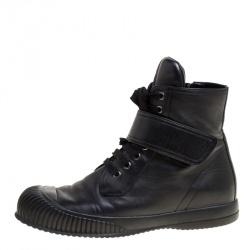 ee3333932 حذاء رياضي برادا سبورت مرتفع من أعلى أربطة جلد أسود مقاس 39