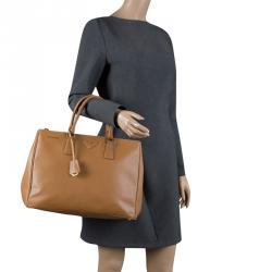 Prada Caramel Saffiano Lux Leather Large Double Zip Tote 4fac44b801205