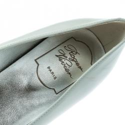 Roger Vivier Grey/Off White Patent Leather Buckle Detail Square Cap Toe Ballet Flats Size 39.5