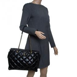 999827fa2915 Buy Pre-Loved Authentic Salvatore Ferragamo Shoulder Bags for Women ...