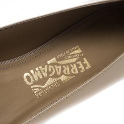 Salvatore Ferragamo Beige Patent Leather Ninna Kangaroo Bow Ballet Flats Size 40