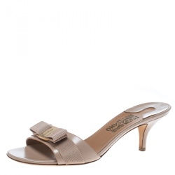 295afbf80 Buy Pre-Loved Authentic Salvatore Ferragamo Sandals for Women Online ...