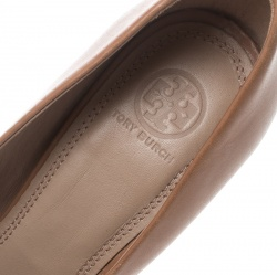 Tory Burch Beige Leather Lowell New Logo Wedge Pumps Size 40.5