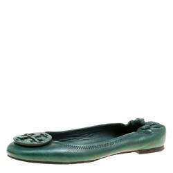 45b771d2a6a5 Tory Burch Green Leather Minnie Scrunch Ballet Flats Size 38.5
