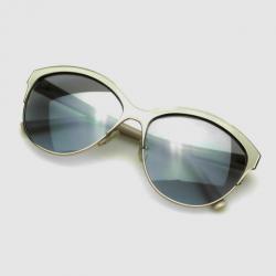 Valentino White V104S Womens Sunglasses